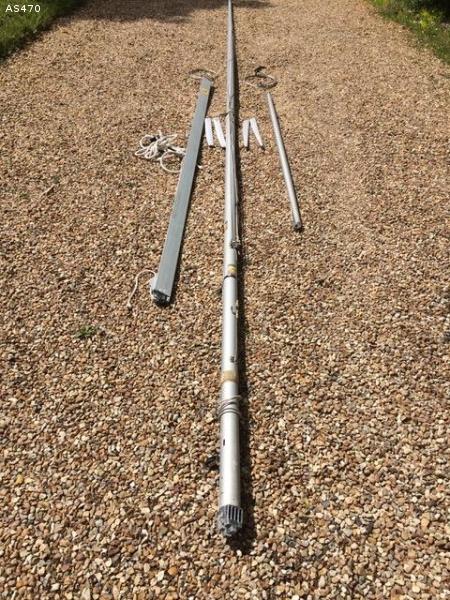 Gréement 470 complet   Mât Bome Tangon Cables drisses
