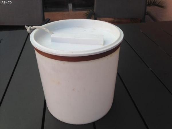 Boitier cylindrique etanche pour   4.70 ROGA